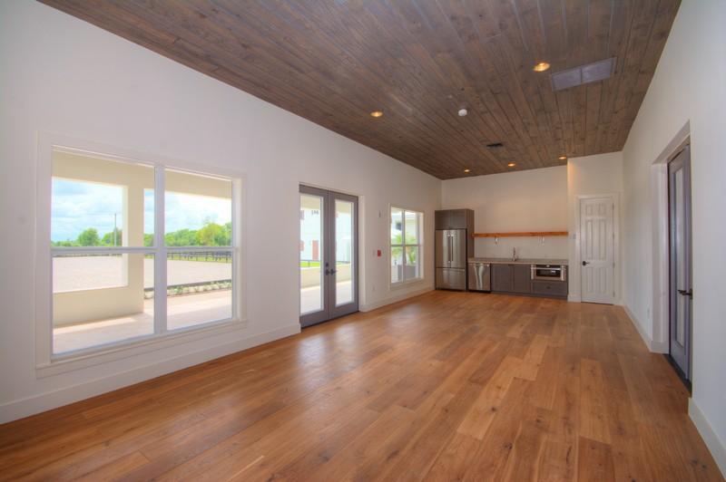 3 Bedrooms Bedrooms, ,3.1 BathroomsBathrooms,Barn,For Rent,1001