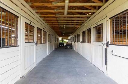 1 BathroomBathrooms,Barn,For Rent,1031