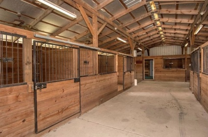Stall Rental,For Rent,1048